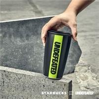 UNDEFEATED 與STARBUCKS攜手,推出聯名系列商品