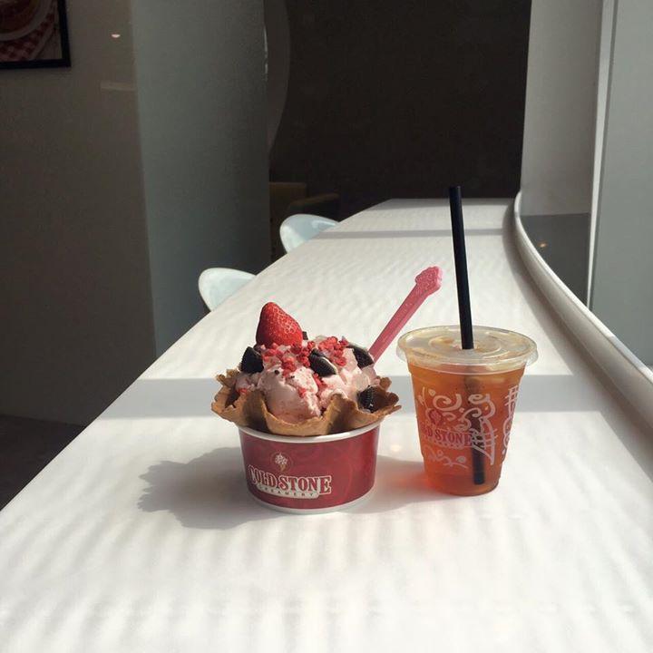酷聖石冰淇淋,週一至週四刷滙豐卡享中杯以上經典冰淇淋買一送一